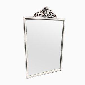 Antiker granzösischer Spiegel im Rahmen aus geschnitztem Holz & Gesso