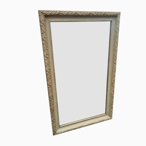 Antiker französischer Spiegel mit geschnitztem Rahmen