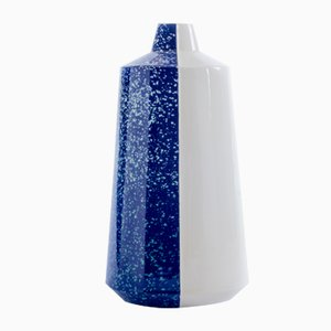 Vase Half 'n' Half en Céramique Bleu Foncé par Tal Batit, 2018