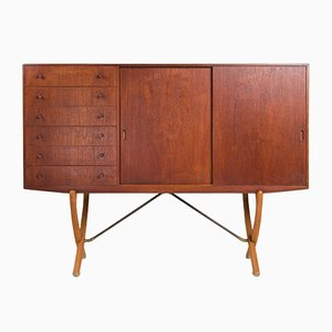 Danish Model CH304 Sideboard by Hans J. Wegner for Carl Hansen & Søn, 1940s
