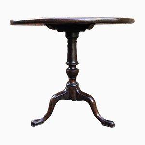 Antiker dreibeiniger georgischer Tisch aus Mahagoni