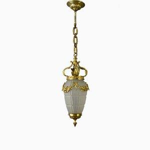 Französische Deckenlampe im Louis XVI Stil aus Bronze und Milchglas, 1930er