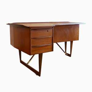Danish Boomerang Desk by Peter Løvig Nielsen for Hedensted Møbelfabrik, 1960s
