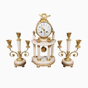 Orologio antico in marmo con candelabri, inizio XX secolo