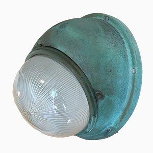 Lámpara de pared de vidrio y cobre de Holophane, años 40