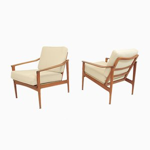 Vintage Lounge Chairs by Ib Kofod-Larsen for Selig, 1960s, Set of 2