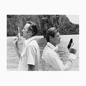 Póster Bond Duel de Galerie Prints