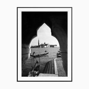 Gondolas in Venice Druck von Galerie Prints