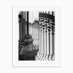 Shadow On Columns de Galerie Prints