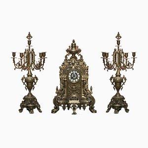 Reloj italiano grande de latón con dos candelabros de Franz Hermle, años 60