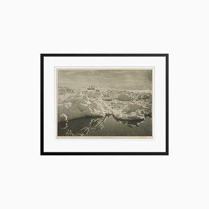 The Terra Nova In McMurdo Sound Grafikdruck von Herbert George Ponting