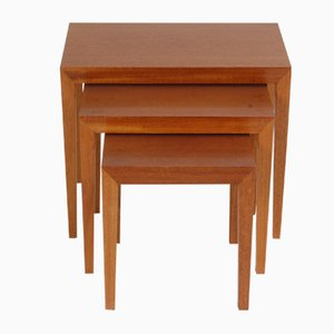 Tavolini ad incastro in teak di Severin Hansen per Haslev Møbelsnedkeri, Danimarca, anni '70