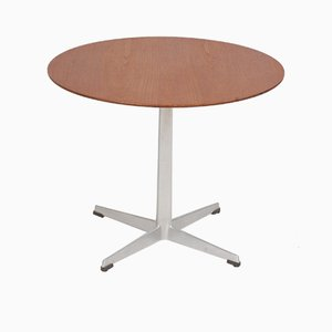 Tavolino in teak di Arne Jacobsen per Fritz Hansen, anni '60