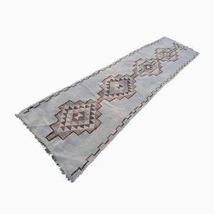 Tappeto da corridoio Kilim Mid-Century ricamato