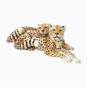 Escultura de guepardos reclinados italiana vintage de porcelana de Ronzan