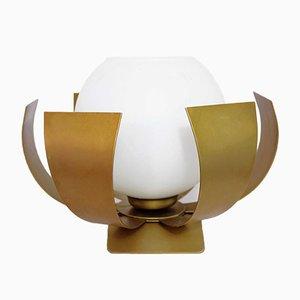 Lámpara de mesa de metal y vidrio opalino, años 60