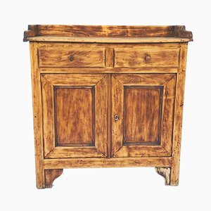 Antiker Schrank aus Pappelholz