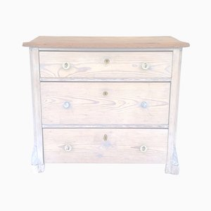 Commode Antique en Bois Tendre