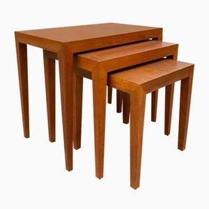 Tavolini ad incastro Mid-Century in teak di Severin Hansen Jr. per Bovenkamp, Danimarca, anni '50, set di 3