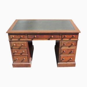 Antiker Schreibtisch aus Mahagoni mit Lederauflage