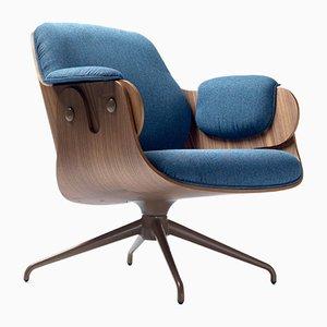 Niedriger Armlehnstuhl aus Walnussholz mit blauem Bezug von Jaime Hayon