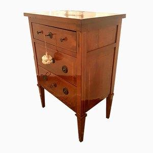 Small Antique Walnut Chest of Drawers, 1700s