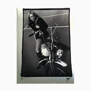Brigitte Bardot. Harley Davidson Photographie par Just Jaeckin, 2012