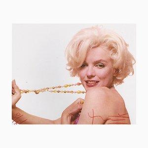 Marilyn Stretching the Jewelry Fotografie von Bert Stern, 2010
