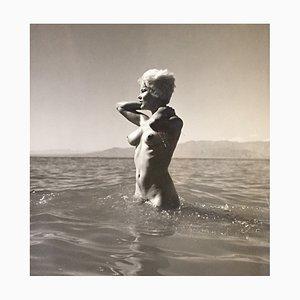 Nu à la mer Fotografie von Andre de Dienes, 1960