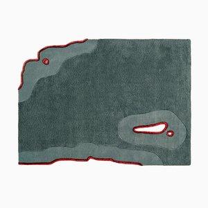 Tappeto Ripped verde e rosso di Daniel Nikolovski & Danu Chirinciuc per KABINET