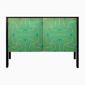 Mueble Loop bajo en verde esmeralda de Coucou Manou