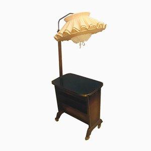 Italienischer Mid-Century Beistelltisch aus Kirschholz mit Lampe, 1940er
