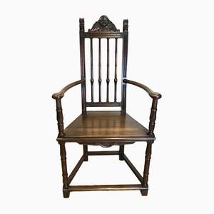 Antiker Beistellstuhl aus Walnussholz