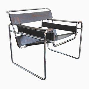 Italian Chrome Plating and Leather Wassily Armchair by Marcel Breuer for Fasem, 1980s