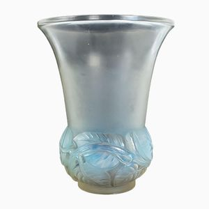 French Lilas Glass Vase by Rene Lalique, 1930s