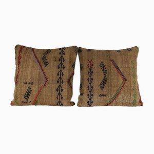 Fundas de almohada de exterior hechas con kilim turco de lana. Juego de 2