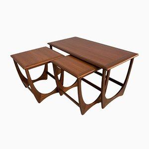 Juego de mesa de centro y mesas auxiliares de teca de G-Plan, años 60. Juego de 3