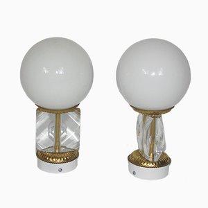 Lámparas de pared modernistas con globo, años 70. Juego de 2