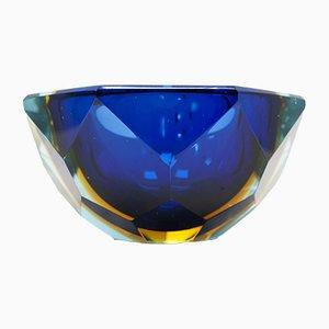 Cuenco italiano Mid-Century de cristal de Murano tallado a mano de Flavio Poli, 1964