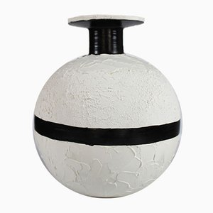 Vaso nr. 38 in terracotta di Mascia Meccani per Meccani Design, 2019