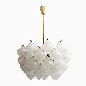 Lámpara de araña Tulipan de latón de J.T. Kalmar, años 60