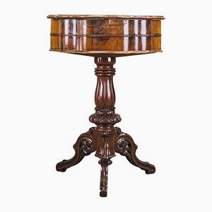 Tavolino Luigi Filippo in noce, metà XIX secolo