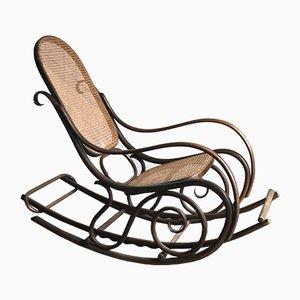 Sedia a dondolo nr. 21 vintage in legno piegato, anni '20