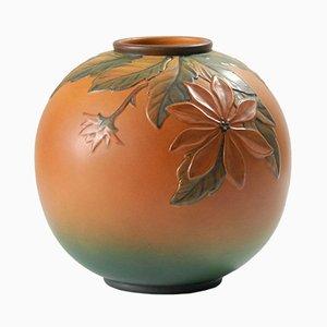 Jarrón danés modernista antiguo de cerámica con flores de Ipsen's