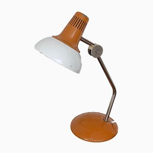 Lámpara de escritorio industrial de metal blanco y naranja, años 60