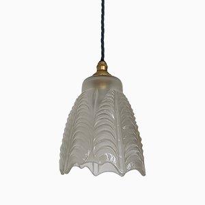 Französische Deckenlampe mit rundgezacktem Glasschirm, 1940er
