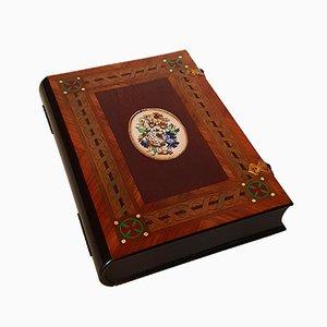 Caja en forma de libro, década de 1850
