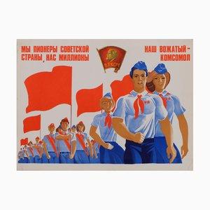 Affiche de Propagande Communiste sur la Jeunesse de l'Union Soviétique, 1980s
