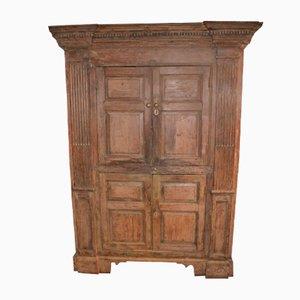 Antiker Haushälter Schrank aus Holz