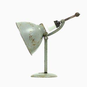 Lámpara de mesa suiza industrial de metal gris de BAG Turgi, años 30